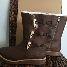 ugg s kintla boot 40 ugg shoes ugg kaya chocolate boots from stefanie s