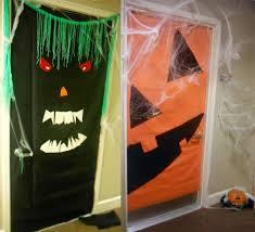 Door Decorations For Halloween Halloween Door Decorating U2013 Bri U0027s Batch