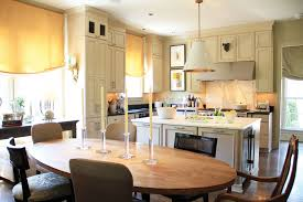 How To Choose The Best Dining Table For Your Kitchen - Dining table in kitchen