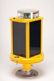solar powered runway lights a704 solar runway light carmanah airport lighting solutions