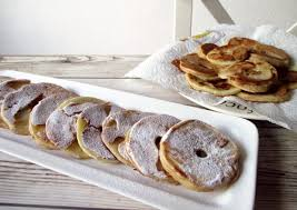 recette de cuisine a base de pomme de terre crêpes aux pommes une recette de crêpes légère à base de pommes