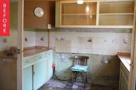 1950 kitchen furniture before after a 1950s kitchen gets a modern diy makeover