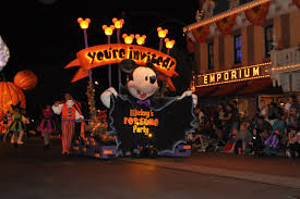 get the most out of mickey u0027s halloween party at disneyland