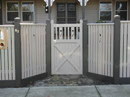picket fence design capped pickets with feature panels u0026 gate