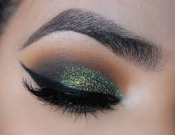 martini eyeball forest green smokey eye makeup tutorial duochrome eyeshadow
