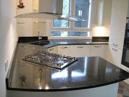 cuisine avec plaque de cuisson en angle cuisine avec plaque de cuisson et évier en angle cuisine