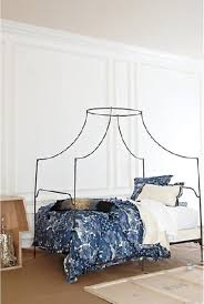 italian canopy bed anthropologie italian caign canopy bed look 4 less
