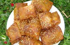 choumicha cuisine marocaine petits rghaif farcis à la pâte d amande choumicha cuisine