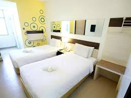rooms to go twin beds rooms to go twin beds white bed