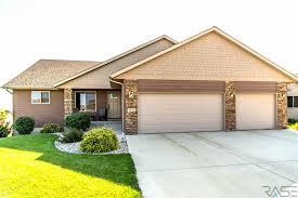 Overhead Door Sioux Falls Sd 5200 Westwind Ave Sioux Falls Sd 57108 Mls 21801032 Keller