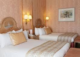 chambre standard hotel york disney rooms disneyland hotel disneyland hotels