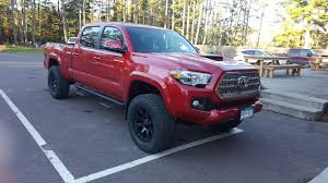 2016 tacoma trd with a traxda level kit 18x9 12 offset helo 2016 tacoma trd with a traxda level kit 18x9 12 offset helo wheels and