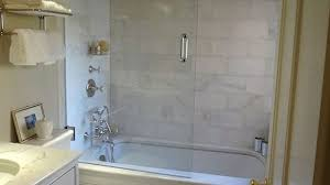 bathroom tub tile ideas best 25 bathtub ideas on bathrooms tile small