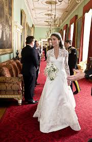 wedding cake kate middleton a look at prince william and kate middleton s royal wedding