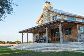 affordable barn homes 18 space saving ideas perfect for any small home homes and hues it