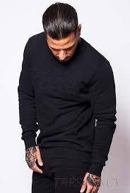 black embossed sweater très fancy