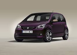 pink sparkly cars seat and cosmopolitan have designed the mii car for women