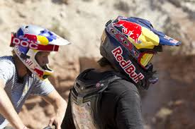 red bull helmet motocross martin söderström mountainbiking sweden