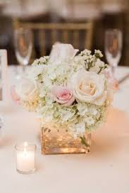 simple center pieces centerpieces ribbon outside check www candlesandfavors for