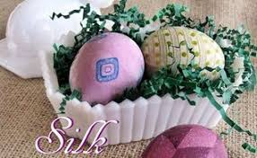 Decorating Easter Eggs With Silk by Make Gorgeous Silk Tie Dyed Easter Eggs Hometalk