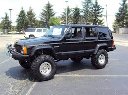 2000 jeep classic my husbands lifted jeep cherokee all about the jeeps pinterest