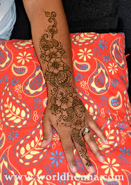 how much do hand henna tattoos cost complete guide to henna