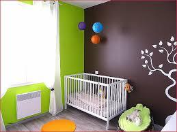 tapisserie chambre bébé garçon papier peint chambre bébé fille lovely coussin bébé deco chambre