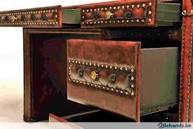 bureau chesterfield chesterfield bureau model joyce in rundleer antiek bruin te