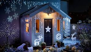 how to hang lights on house how to hang outdoor christmas lights ideas advice diy at b q