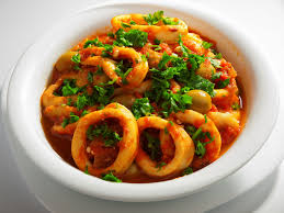 cuisiner les calamars fricassée de calamars à l italienne une recette de plat facile