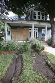 car smashes into u0027fixer upper u0027 house city of waco wacotrib com