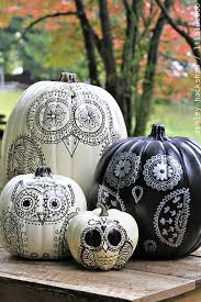 35 halloween pumpkin painting ideas no carve pumpkin decorating