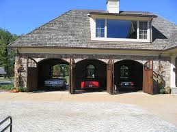 28 cool garages 10 the most cool and wacky garages ever cool garages by pin by marie vasquez nielson on garage pinterest