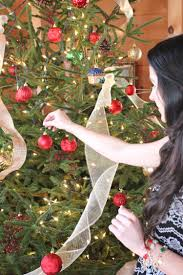 Christmas Decoration For Cheap Affordable Country Christmas Decor Tips Diary Of A Debutante