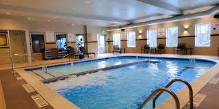 holiday inn express u0026 suites plymouth ann arbor area hotel by ihg