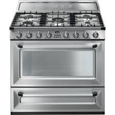 cuisiner au gaz ou à l électricité cuisine tr90x9 smeg smeg be