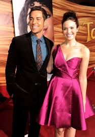 pictures mandy moore zachary levi tangled premiere la