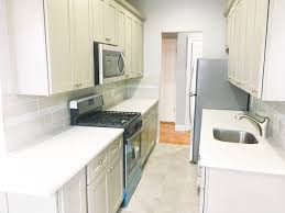 amazing jr2br with a high end kitchen and bathroom next to kings