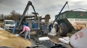 uatre nueva escala salarial para los trabajadores agrarios nueva escala salarial para trabajadores agrarios agroargentina com