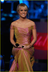 carrie underwood idol gives back photo 1049761 carrie