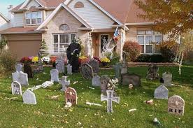 Scary Halloween Decorated Yards by Halloween Decorations Yard Diy Spooky Halloween Decorations