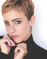 frisuren hairstyles on pinterest pixie cuts short there is somthing special about wome short hair styles i m a big fan