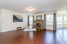 Laminate Flooring Surrey Dan Reiter And Jayne Liu 10360 167 Street Surrey Mls R2099309