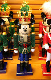 Christmas Tree Toppers Disney by Best 25 Mickey Mouse Christmas Ideas On Pinterest Mickey Mouse