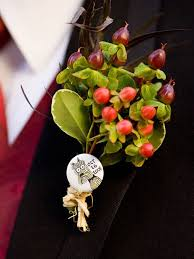 Boutineer Flowers Personalize The Groom U0027s Boutonniere No Flowers Needed