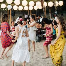 how much is a destination wedding destination wedding cost how much is it for guest travel