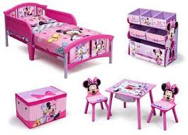 Minnie Mouse Canopy Toddler Bed Amazon Com Disney Minnie Mouse Room In A Box With Bonus Toy Bin