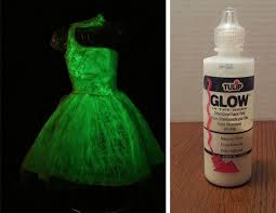 Glow Halloween Costume 9 Minute Diy Halloween Costume Ideas Pull