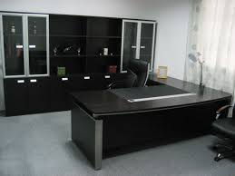 cool black theme of elegant office furniture designed using