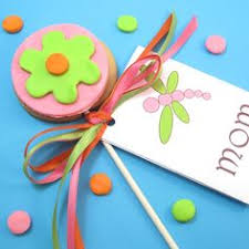 The Decorated Cookie Company Daisy Cookie Pops